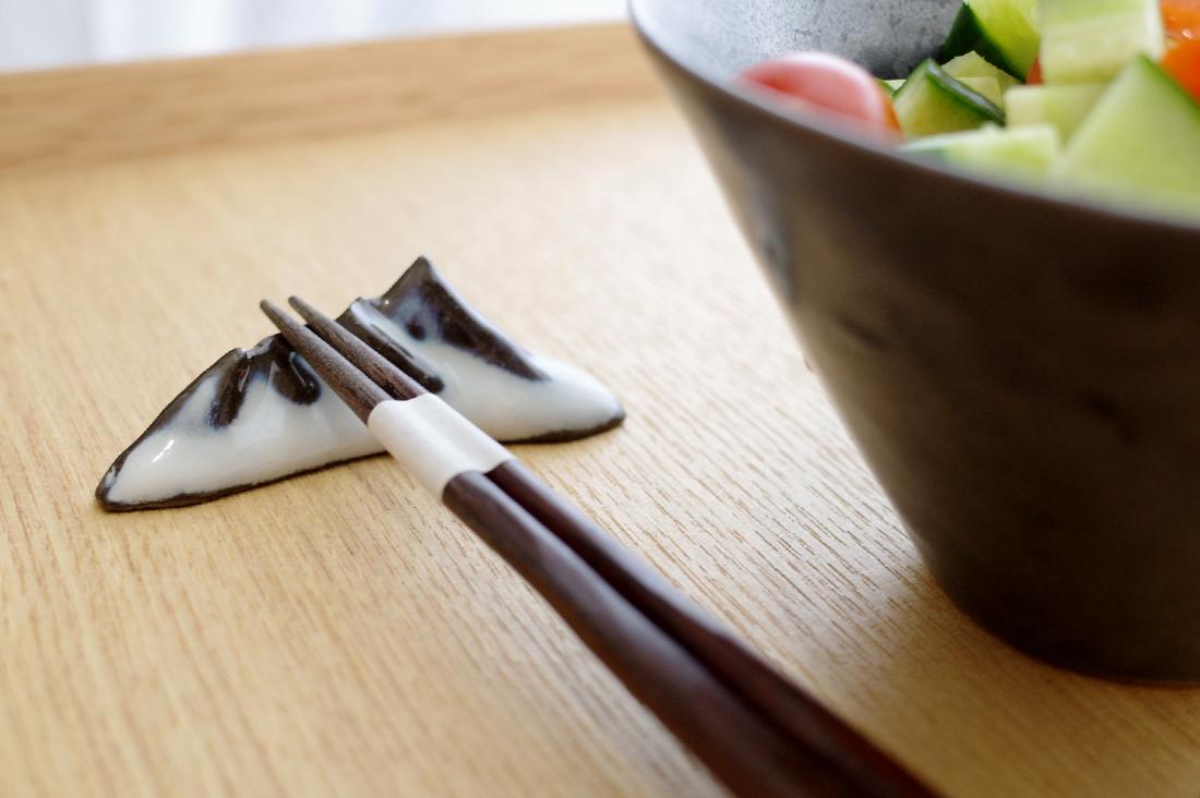 yasuo watanabeさんの箸置き