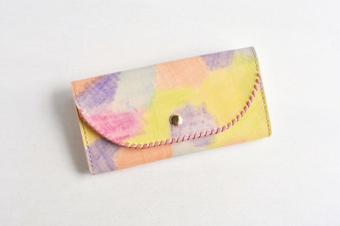 zakkabakkaさんの革の手染め財布
