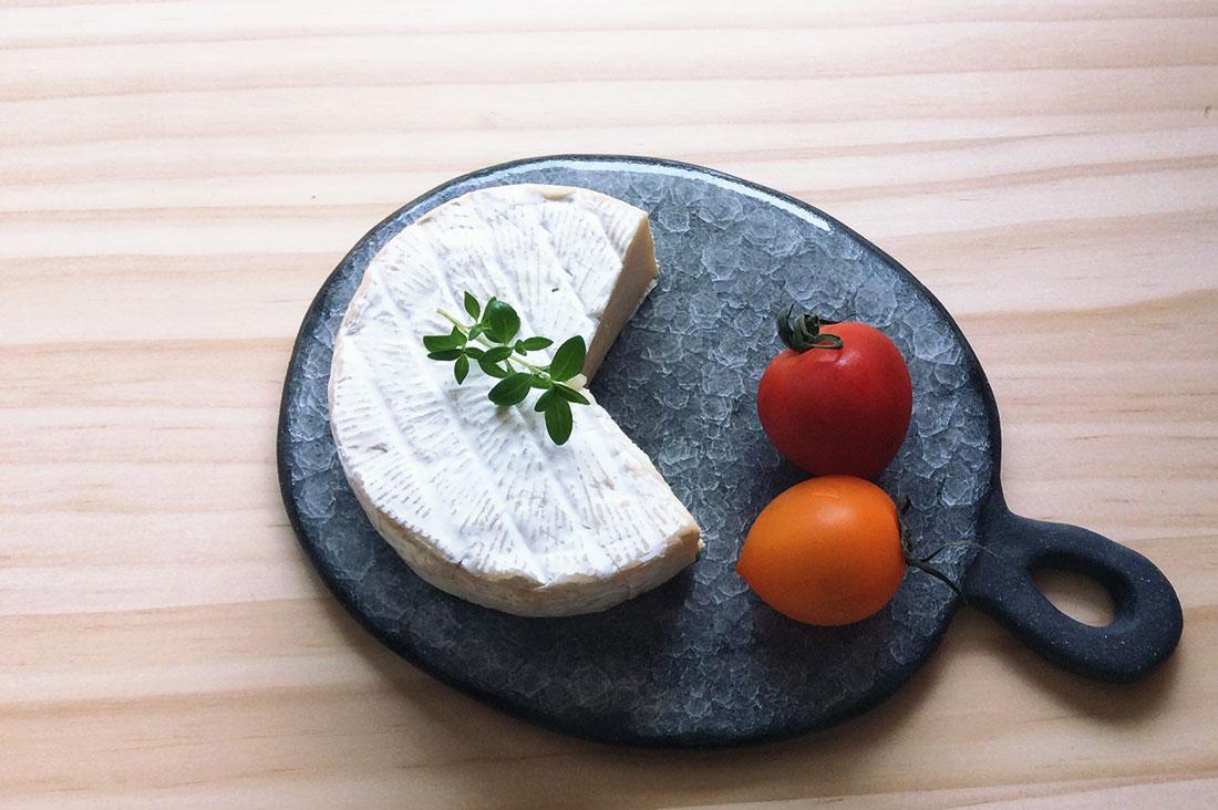 KanamiTakedaCeramicsさんのチーズプレート