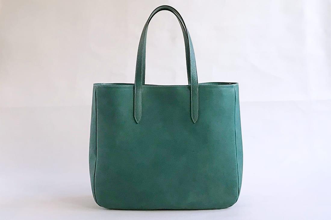 morisugaさんのオールレザーのバッグ