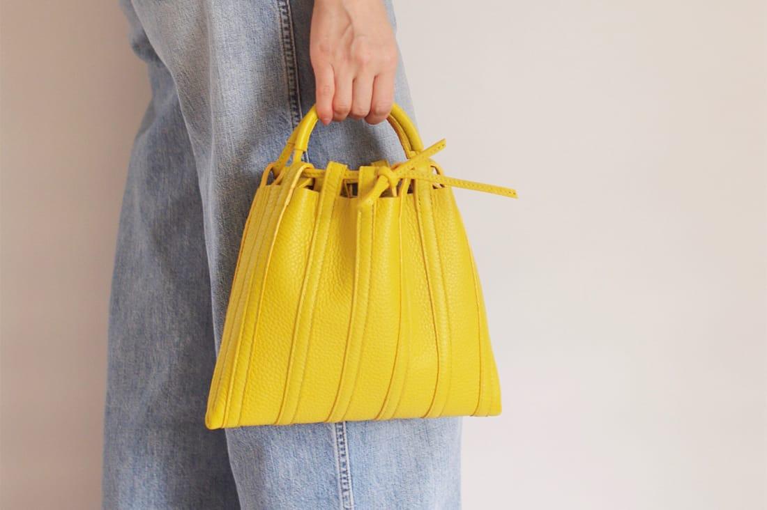 lilieさんの手縫いのレザーバッグ
