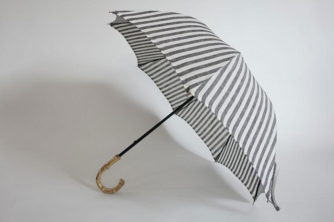 Grandirさんのストライプ柄の日傘
