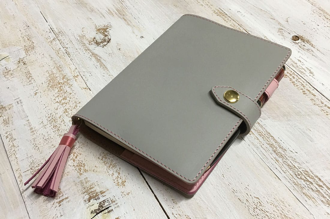 Leather Riverさんの手帳カバー