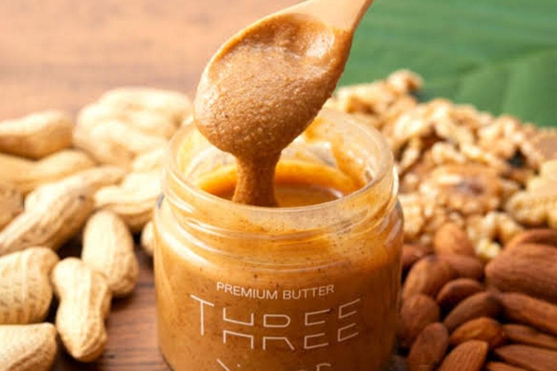threenutsさんのTHREE NUTS ナッツバター