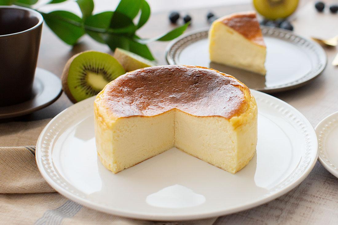 パティスリーベルとけだすバスクチーズケーキ塩味