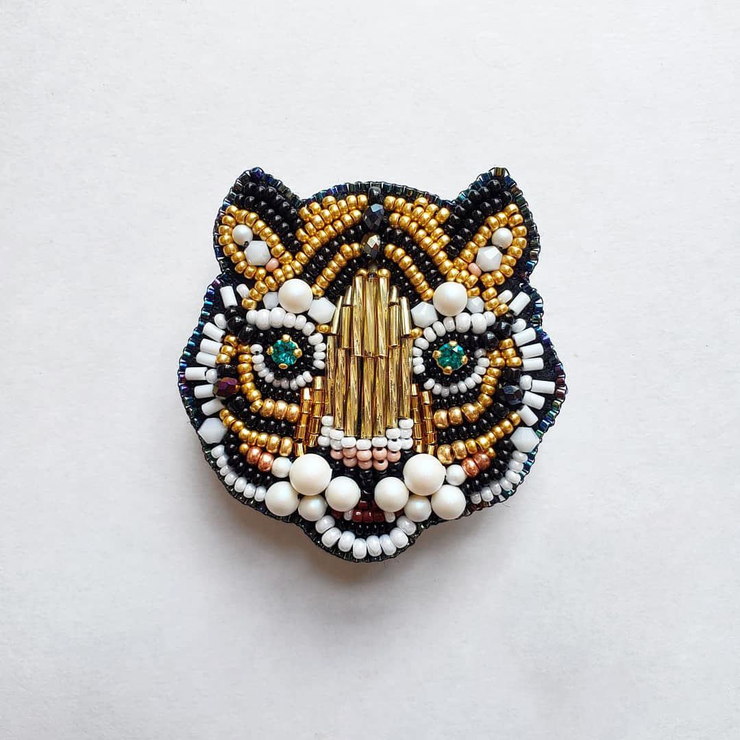 まりねまさんの虎さんビーズ刺繍ブローチキット