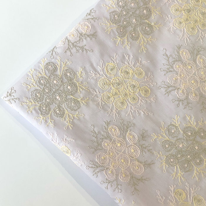 select fabricさんの刺繍生地