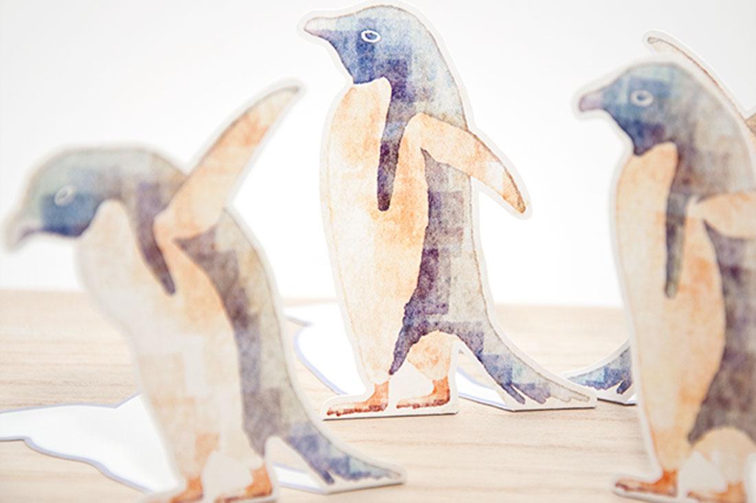 イロドリトリさんの立てられるペンギンのメッセージカード