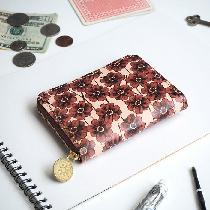 HELI (ヘリクリサム)さんのコンパクト財布
