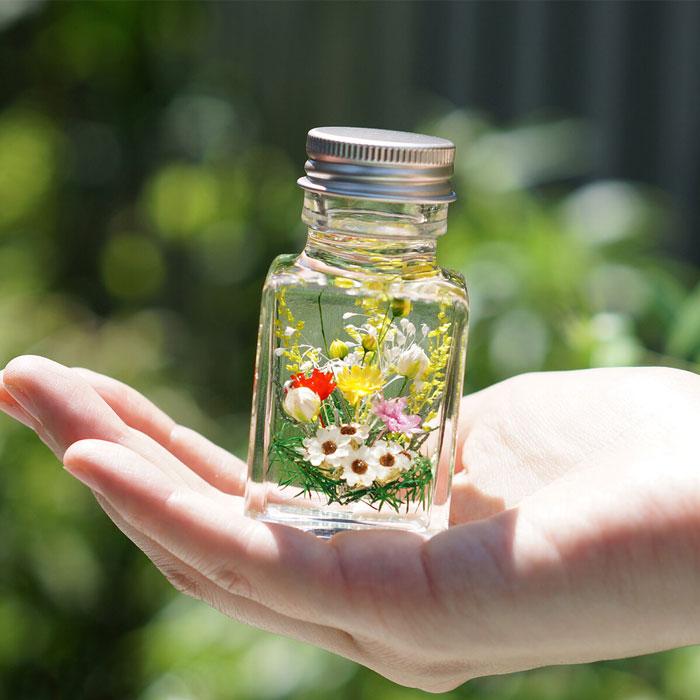 hana-GinGaさんのハーバリウム小さな小さな私のお庭