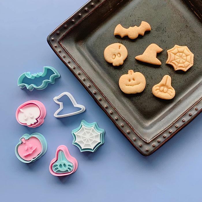 3pmcookiesさんのミニミニハロウィンのクッキー型セット
