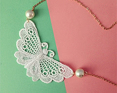 Albino butterfly necklace (NO.570.571)