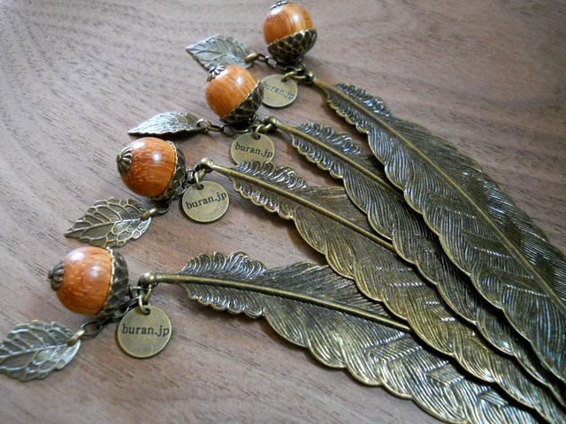 【再販】羽モチーフブックマーク(しおり)木製どんぐり2