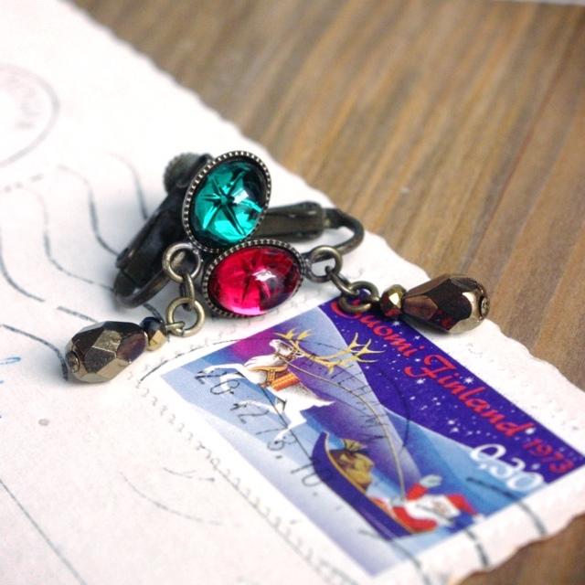 クリスマス限定販売◆【色が選べる】星がうかぶヴィンテージスワロのイヤリング