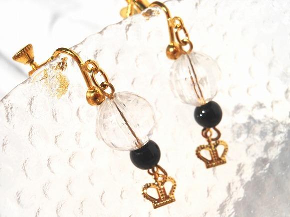 Crown 金色のイヤリング