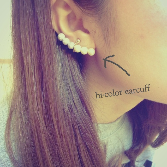 bi-color earcuff.