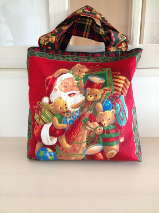 1年中使えるクリスマスバッグ