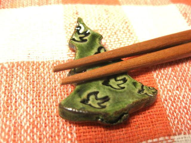 小鳥いっぱいのツリー箸置き(緑)