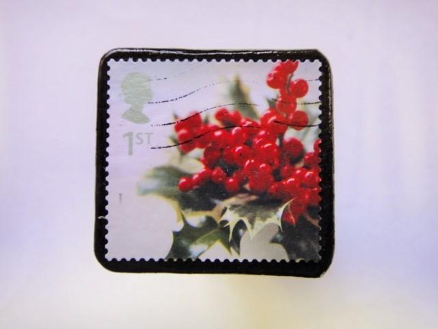 イギリス クリスマス切手ブローチ329