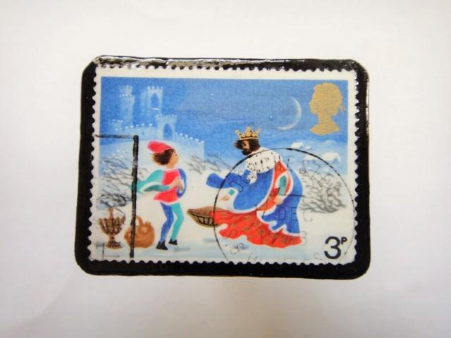 イギリス クリスマス切手ブローチ331