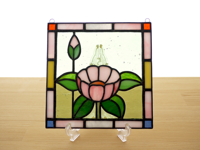 ステンドグラス ミニパネル 華・ピンク 15cm