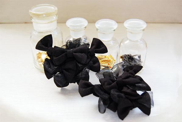 花束リボンブローチ(ブラック)