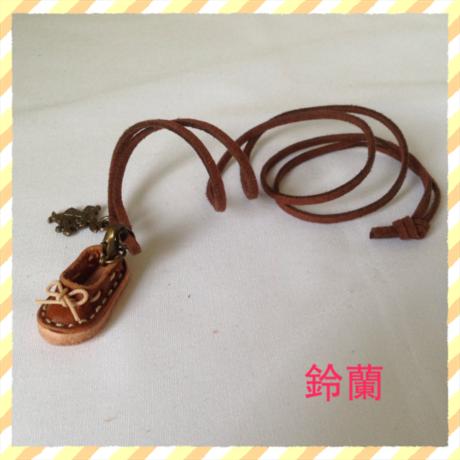 クリアランスセール★6 ミニチュア靴ネックレス
