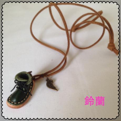 クリアランスセール★11 ミニチュア靴ネックレス