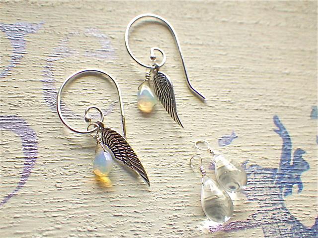 Angel Wing Swirl Earring  /SV925 オパール