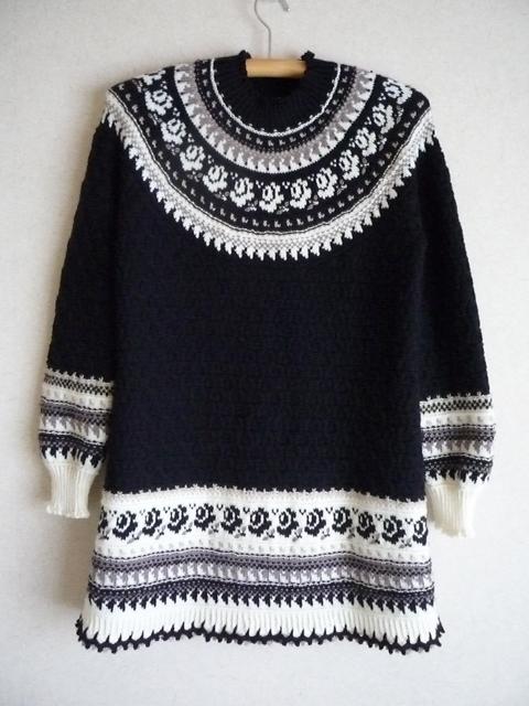 【オーダー作品】 fumimo様 専用ページ 丸ヨークバラの編込みロングセーター