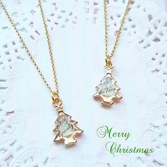 クリスマスツリーのネックレス