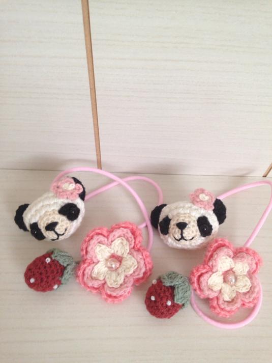 129 パンダちゃん ブラブラいちご お花 ヘアゴム 2個セット