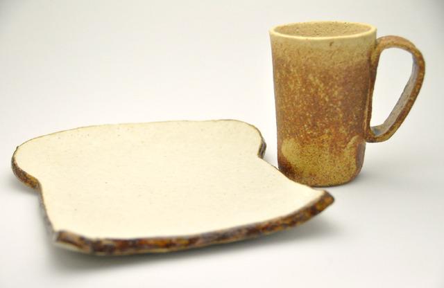 茶マグカップ(for 食パンの皿)