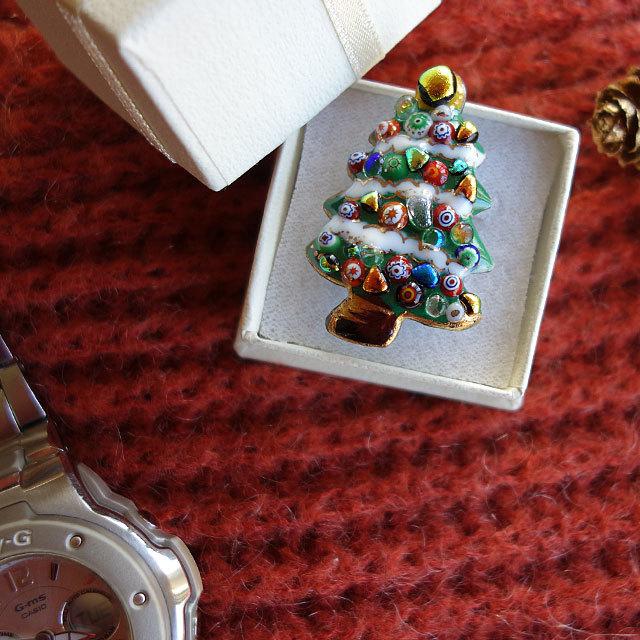 七宝焼ピンブローチ(,ピンズ) クリスマスツリー(2)雪