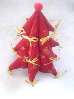 赤のクリスマスツリー