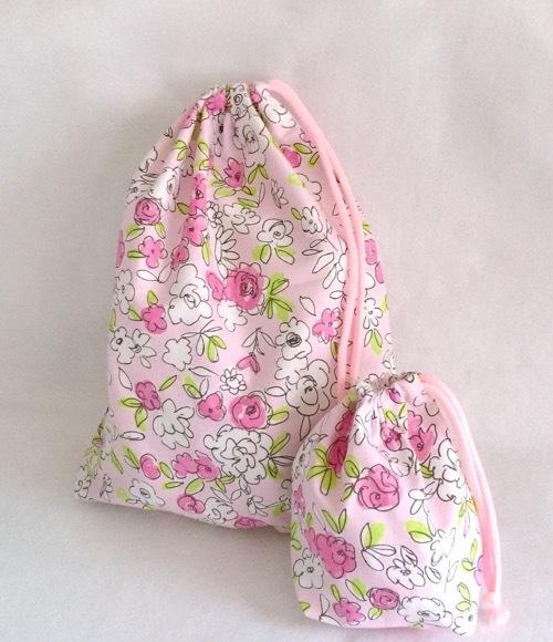 お着替え入れ*巾着L+コップ袋2点セット*小花ピンク*