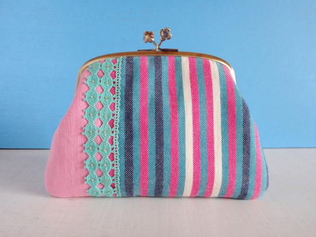 チュニジア布の縞々がま口(ピンク×アッシュグリーン)