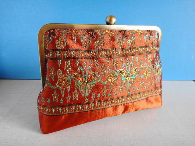 チュニジア布のがま口クラッチバッグ 蝶々オレンジD