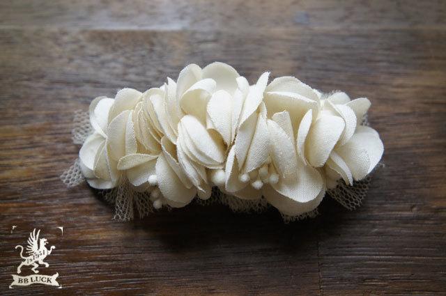 barrette 【 紫陽花とチュールのバレッタ * white 】