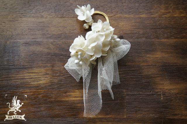 ear hook  【 ちいさな紫陽花とチュールとコットンパールのイヤーフック 】