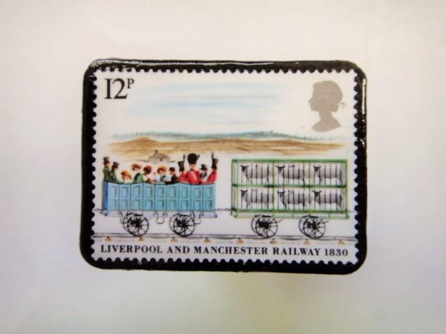 イギリス 切手ブローチ361