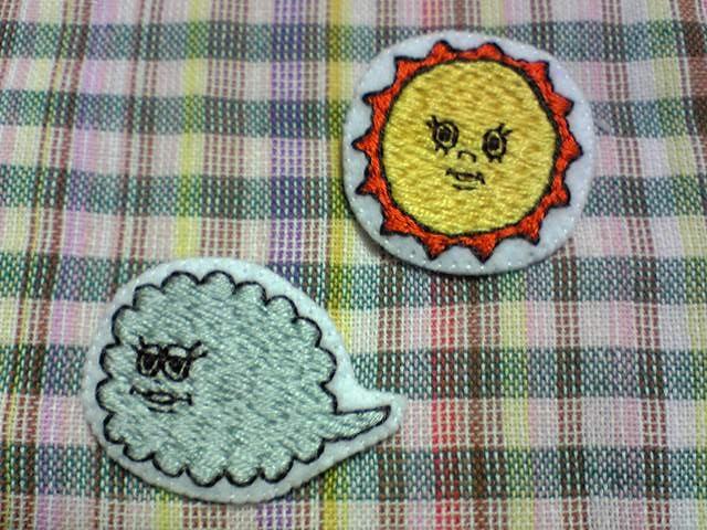 刺繍ブローチ 北風と太陽