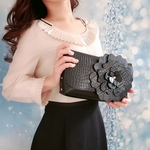 leather hand bag flower「black」