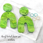 Green cosmic(4pcs)Acryl forked charm set