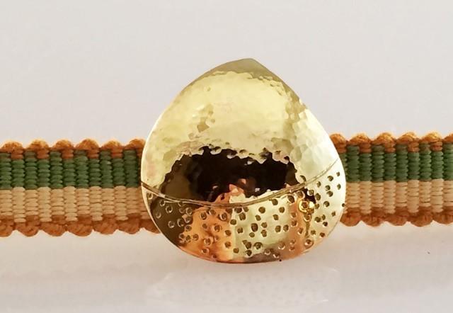 栗◆真鍮鍛金帯留 2