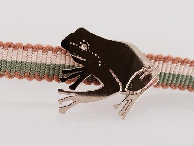 ◇雨蛙◇真鍮帯留め