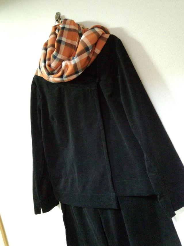 Lサイズ 黒のコーデュロイのジャケットとワイドパンツのスーツ