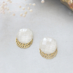 *3561*Pearl white round earring/pierce
