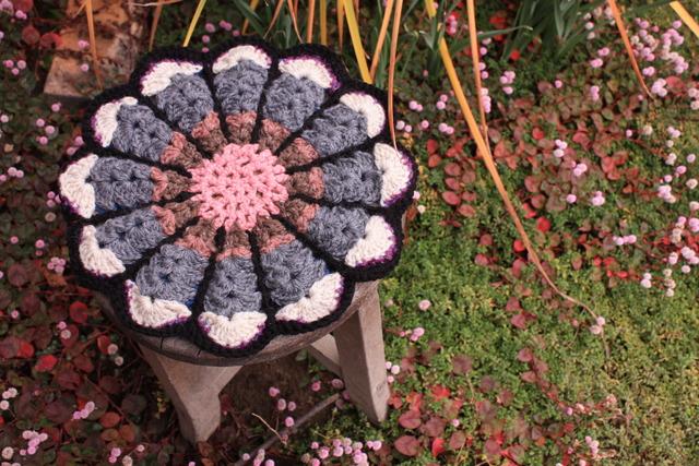 お花の円座 リバーシブル