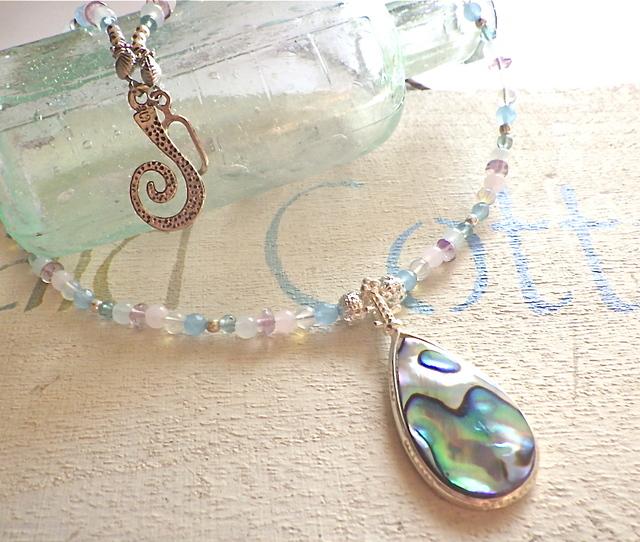 Paua shell dreams ���ѥ����������ŷ���Хͥå��쥹